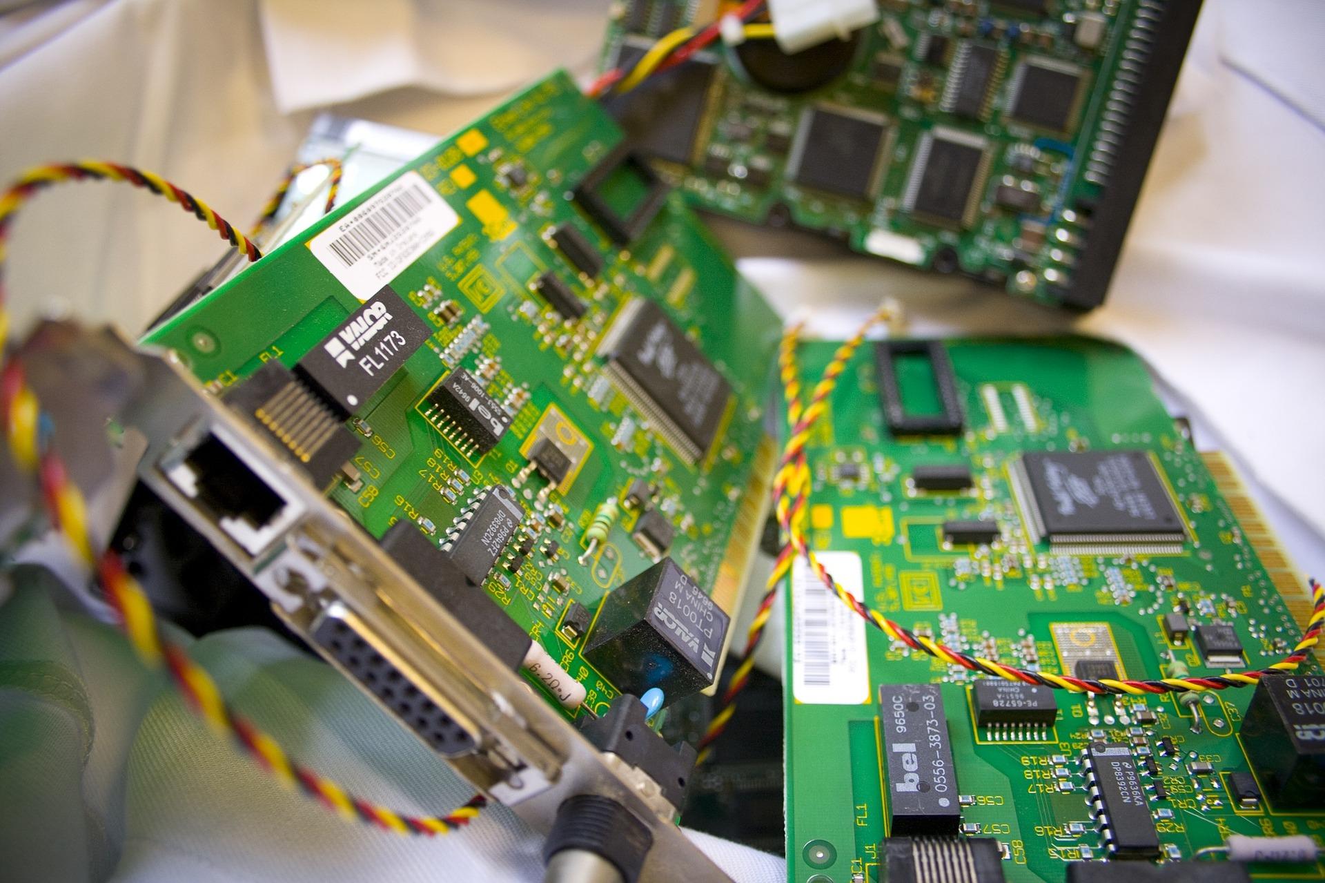 computer-957001_1920